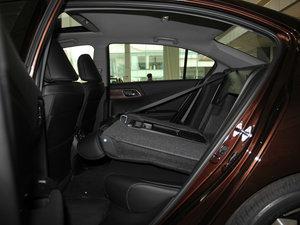 2016款2.4L CVT豪华版 后排座椅放倒