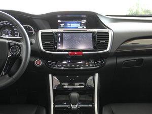 2016款2.4L CVT豪华版 中控台