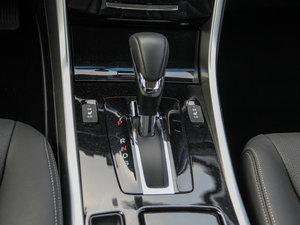 2016款2.0L CVT精英版 变速挡杆