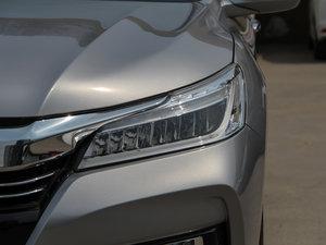 2016款2.4L CVT舒适版 头灯