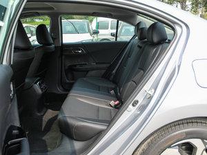 2016款2.4L CVT舒适版 后排空间