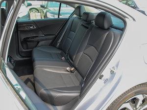 2016款2.4L CVT舒适版 后排座椅