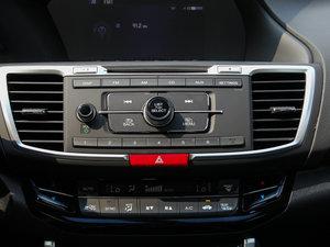 2016款2.4L CVT舒适版 空调出风口