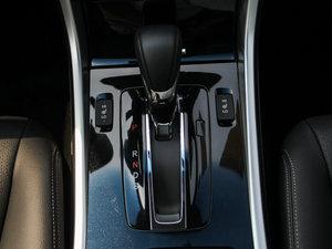2016款2.4L CVT舒适版 变速挡杆