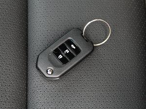 2016款2.4L CVT舒适版 钥匙