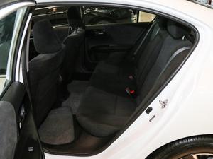 2016款2.0L CVT舒适版 后排空间