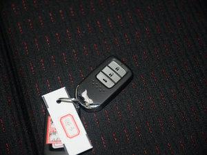 2016款1.8L CVT旗舰版 钥匙