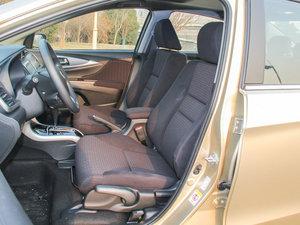2016款1.8L CVT豪华版 前排座椅