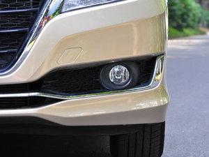 2016款1.8L CVT领先版 雾灯