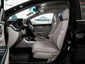 2016款1.8L 手动舒适版 前排空间