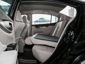 2016款1.8L 手动舒适版 后排座椅放倒
