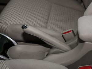 2016款1.8L 手动舒适版 驻车制动器
