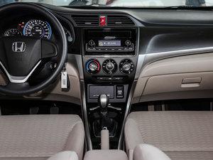 2016款1.8L 手动舒适版 中控台