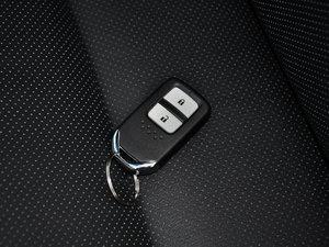 2016款2.4L 豪华版 钥匙
