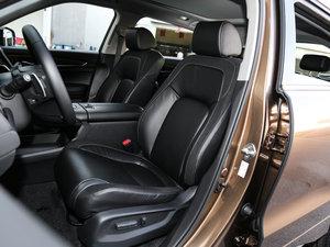 2017款370TURBO 四驱尊享版 前排座椅