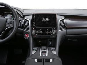 2017款370TURBO 四驱尊享版 中控台
