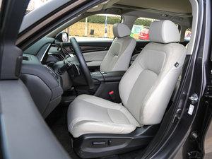 2017款240TURBO 两驱尊享版 前排座椅