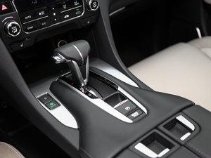 2017款240TURBO 两驱尊享版 变速挡杆