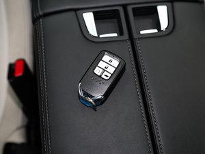 2017款240TURBO 两驱尊享版 钥匙