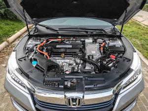 2016款2.0L 锐尊版 发动机
