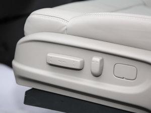 2017款2.4L CVT豪华版 座椅调节