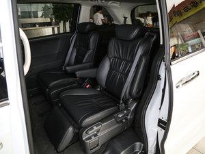 2017款2.4L CVT智享版 后排座椅