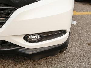 2017款1.8L CVT两驱豪华版 雾灯