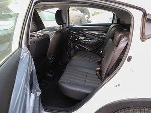 2017款1.8L CVT两驱豪华版 后排空间