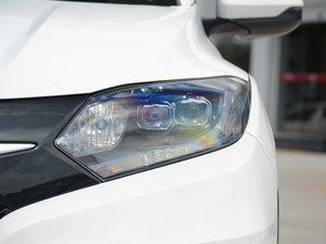2017款1.8L CVT四驱旗舰型 头灯