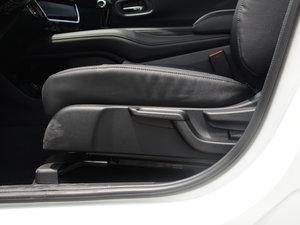 2017款1.8L CVT四驱旗舰型 座椅调节
