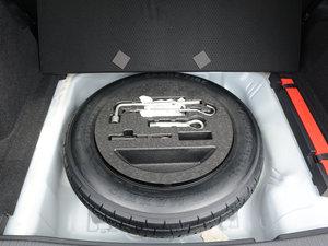 2017款1.8L CVT四驱旗舰型 备胎