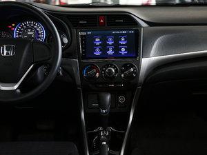 2017款1.8L CVT舒适特装版 中控台