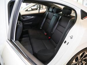 2017款1.8L CVT豪华特装版 后排座椅