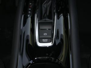 2018款1.5L CVT两驱科技精英型 驻车制动器