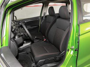 2018款1.5L CVT潮跑+版 前排座椅