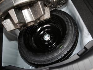 2018款1.5L CVT舒适天窗版 备胎