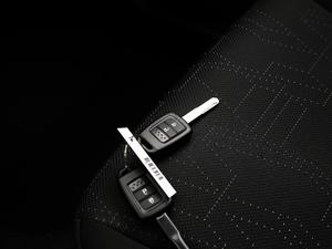 2018款1.5L CVT舒适天窗版 钥匙