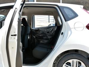 2018款1.5L CVT舒适型 后排空间
