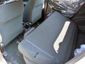 2018款1.5L CVT舒适型 后排座椅放倒