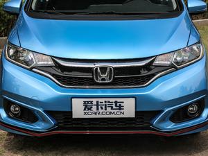 2018款1.5L CVT潮跑+版 中网
