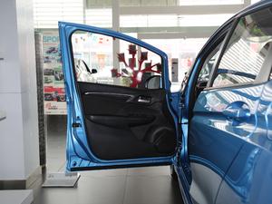 2018款1.5L CVT潮跑版 驾驶位车门