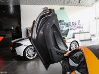 空间座椅迈凯伦570S驾驶位车门