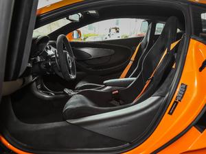 2019款3.8T Coupe 前排空间