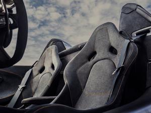 2019款3.8T Spider 空间座椅