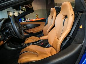 2017款Spider 前排座椅