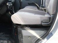 空间座椅东风小康C32座椅调节