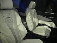 空间座椅上汽大通G50空间座椅