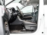 空间座椅上汽大通T60前排空间