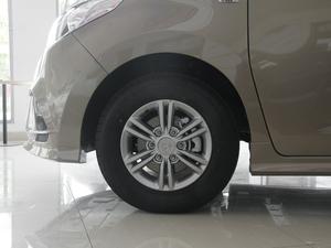 2018款PLUS 2.0T 自动精英版 轮胎