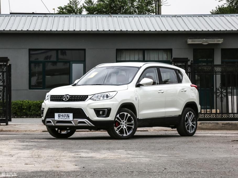 绅宝X35广州市在售 购车享最高2000元